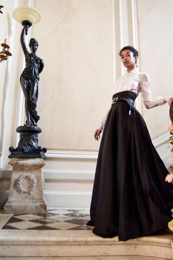 Vendita abiti donna di Federico Pilia. Milano